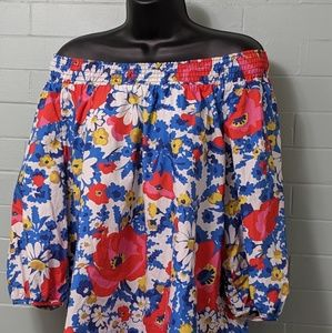 Boden 12 blouse like new. Off or on shoulder